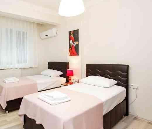 اجاره روزانه آپارتمان دو خوابه با لوازم در آکسارای استانبول